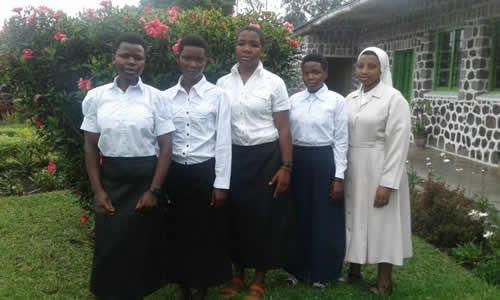 Ingresaron ocho aspirantes en Rwanda